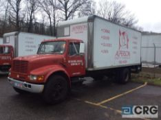 1999 International 20' box truck, DT466E ENGINE, A/T, Vinyl interior, Supreme Corp 20' box w/Maxon