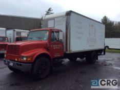 2002 International 20' box truck,DT466E ENGINE, A/T, Vinyl interior, Supreme Corp 20' box w/Waltco