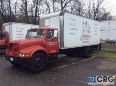2001 International 20' box truck,DT466E ENGINE, A/T, Vinyl interior, Supreme Corp 20' box w/Waltco