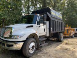 2007 International 4400 S/A chipper body dump truck, VIN# 1HTMKAAN77H478376DT466, 6 cylinder Diesel,
