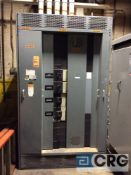 Square D transformer, 3000 max amps, 480Y / 277 volts, with (4) 400 amp Thermal Magnetic breakers