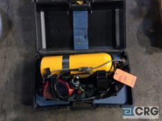 Lot of (2) oxygen tanks with cases