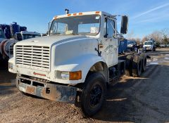 1990 International 4900 Liquid Vac Truck
