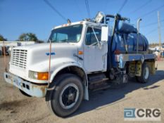 1990 International 4900 Liquid Vac Truck, 32,800 GVWR, 5,567 hours, with 2,300 gal. capacity