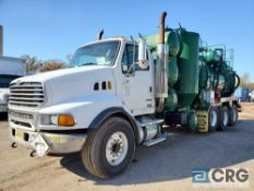 2006 Sterling tandem axle L9500 Turbo Vac Truck, 80,000 GVWR, 17,086 hours, with 3,200 gal