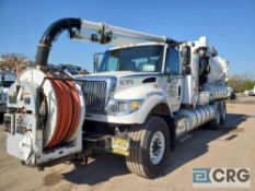 2007 International tandem axle Sewer Cleaner Jet Rodder Truck, 66,000 GVWR, 21,311 hours, with 2,000