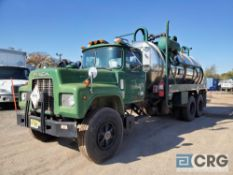 1991 Mack RD690S Liquid Vac Truck, 60,000 GVWR, 2181 hours, chassis only, 58,703 miles, VIN#