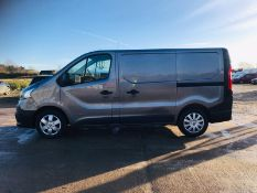 "RENAULT TRAFIC 1.6DCI (120) ""BUSINESS EDITION) SAT NAV - 1 OWNER -EURO 6 - ELEC PACK - 17 REG"