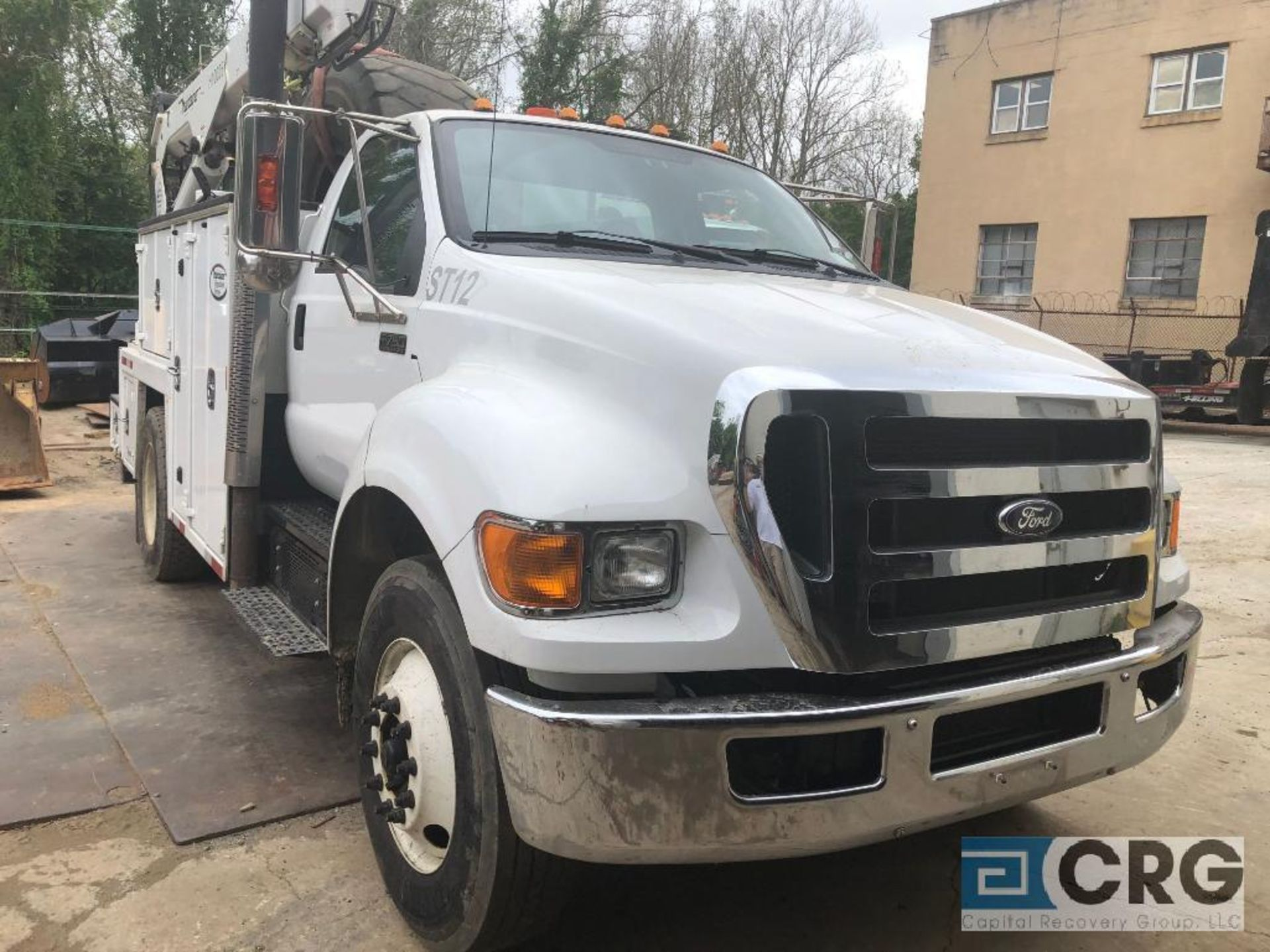 Lot 324 - 2013 Ford F750 SD Mechanics Truck, Maintainer MTS-2-084 Body, MTS Tall Tower Crane 10,000 lb