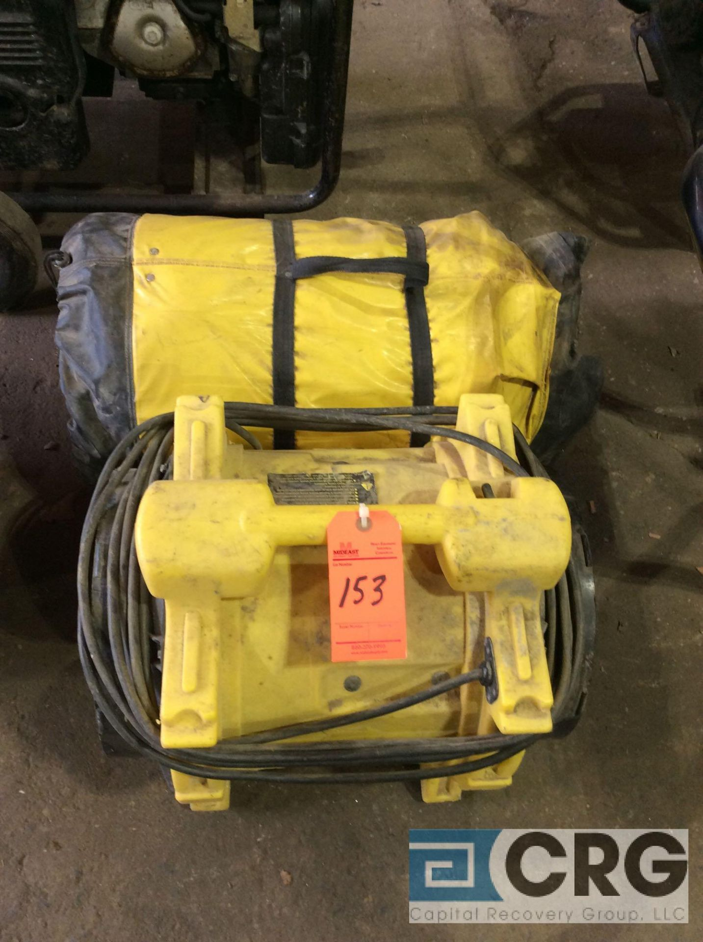Lot 153 - DRI-EAZ portable blower with exhaust hose
