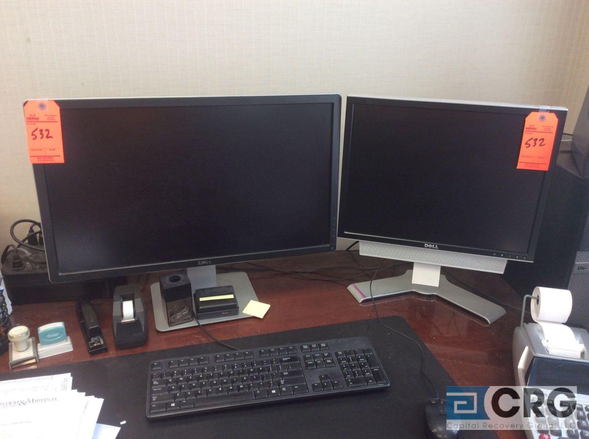 Lot 532 - Lot of (2) Dell monitors