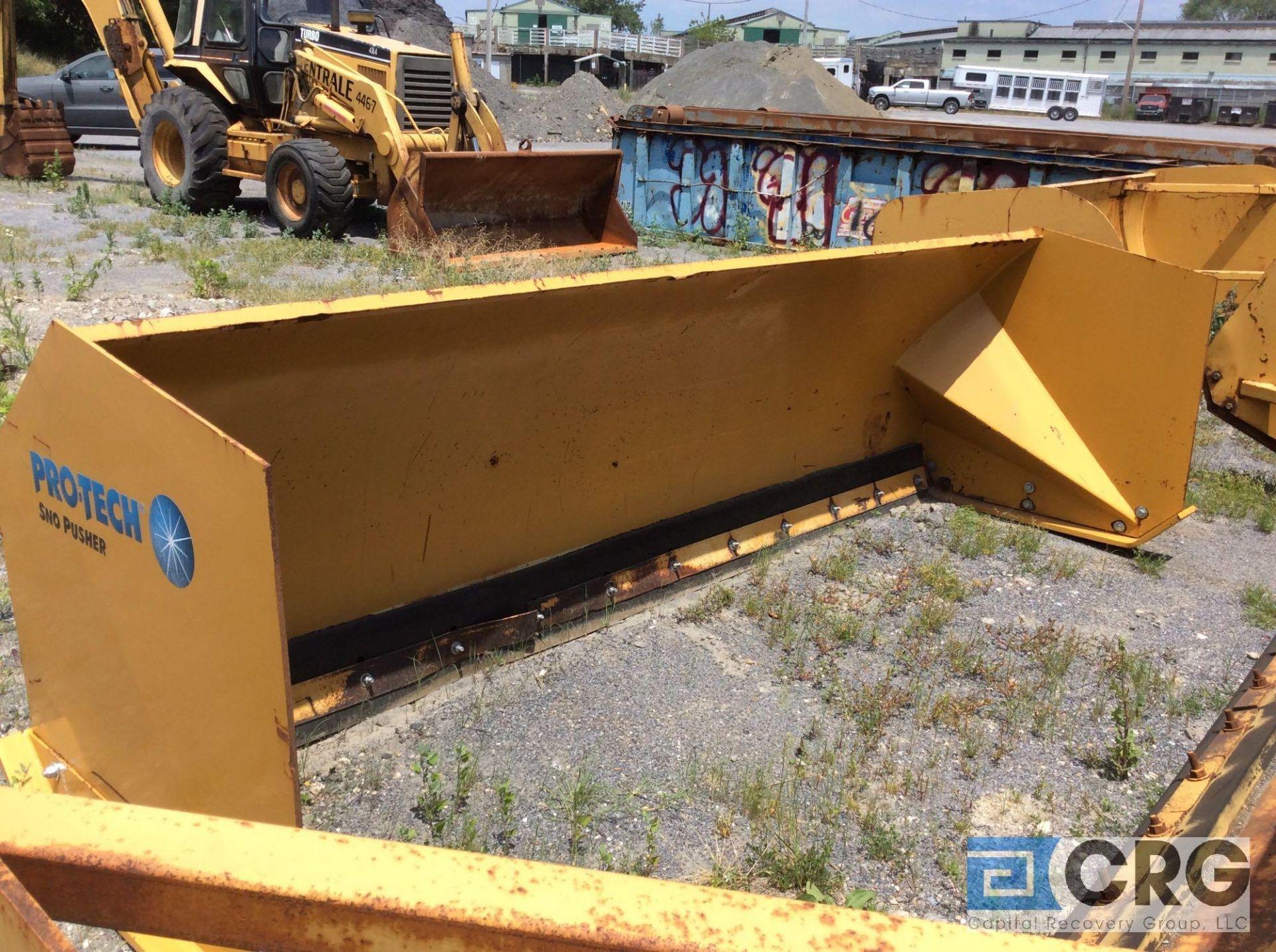 Lot 499 - Pro-Tec SP-12B 12 footsnow pusher for full sizeloader backhoe