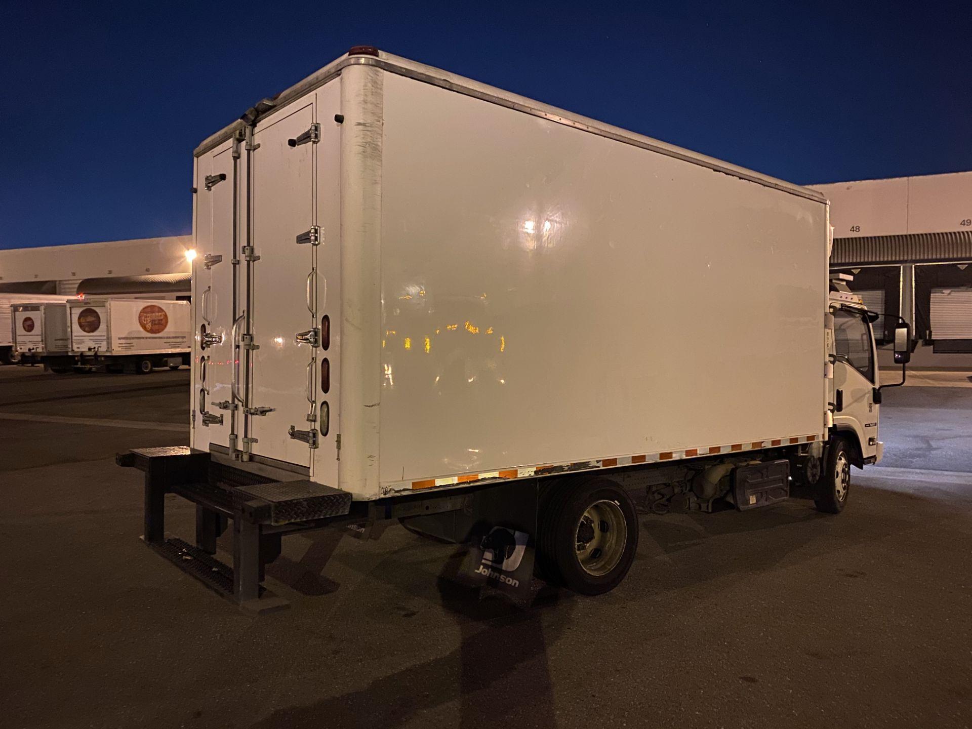 2013 Isuzu refrigerated truck - Image 3 of 9