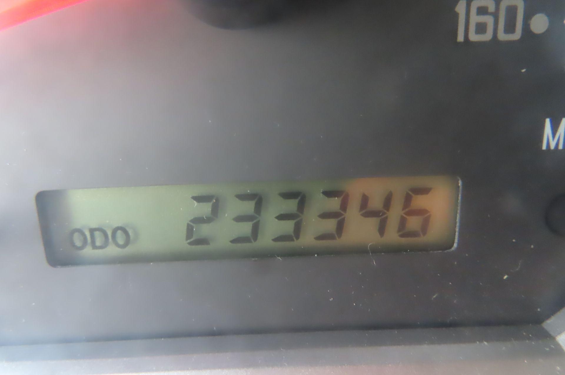 2012 Isuzu refrigerated truck - Image 10 of 10