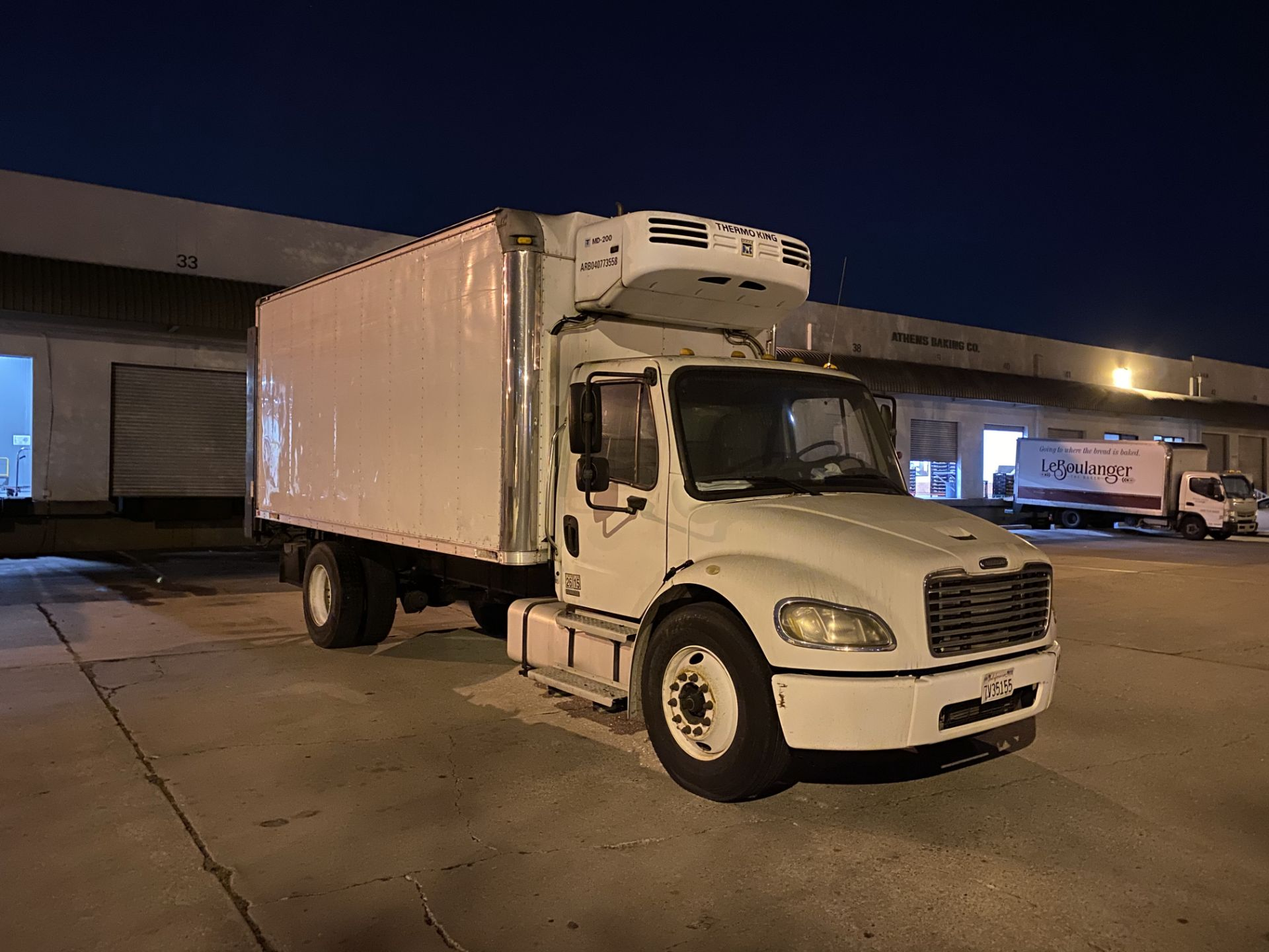 2005 Freightliner refrigerated truck - Image 4 of 5