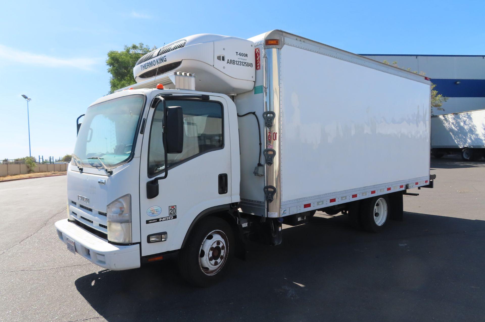 2012 Isuzu refrigerated truck - Image 2 of 10