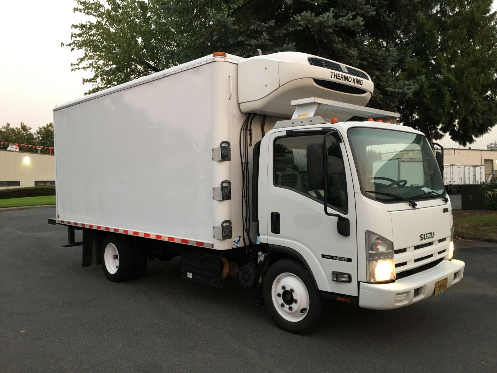2013 Isuzu refrigerated truck - Image 2 of 4