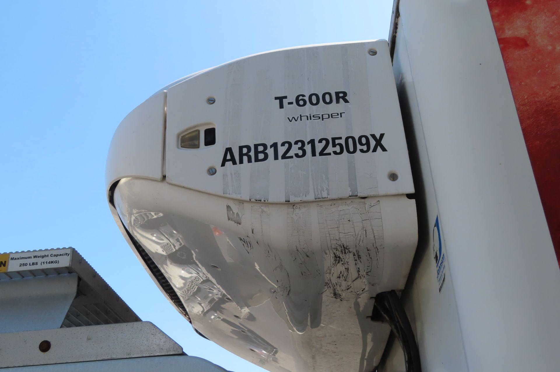2012 Isuzu refrigerated truck - Image 8 of 10
