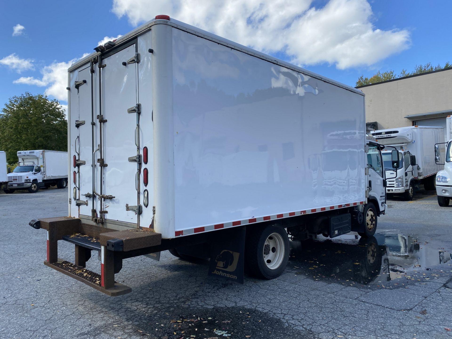 2014 Isuzu refrigerated truck - Image 4 of 9