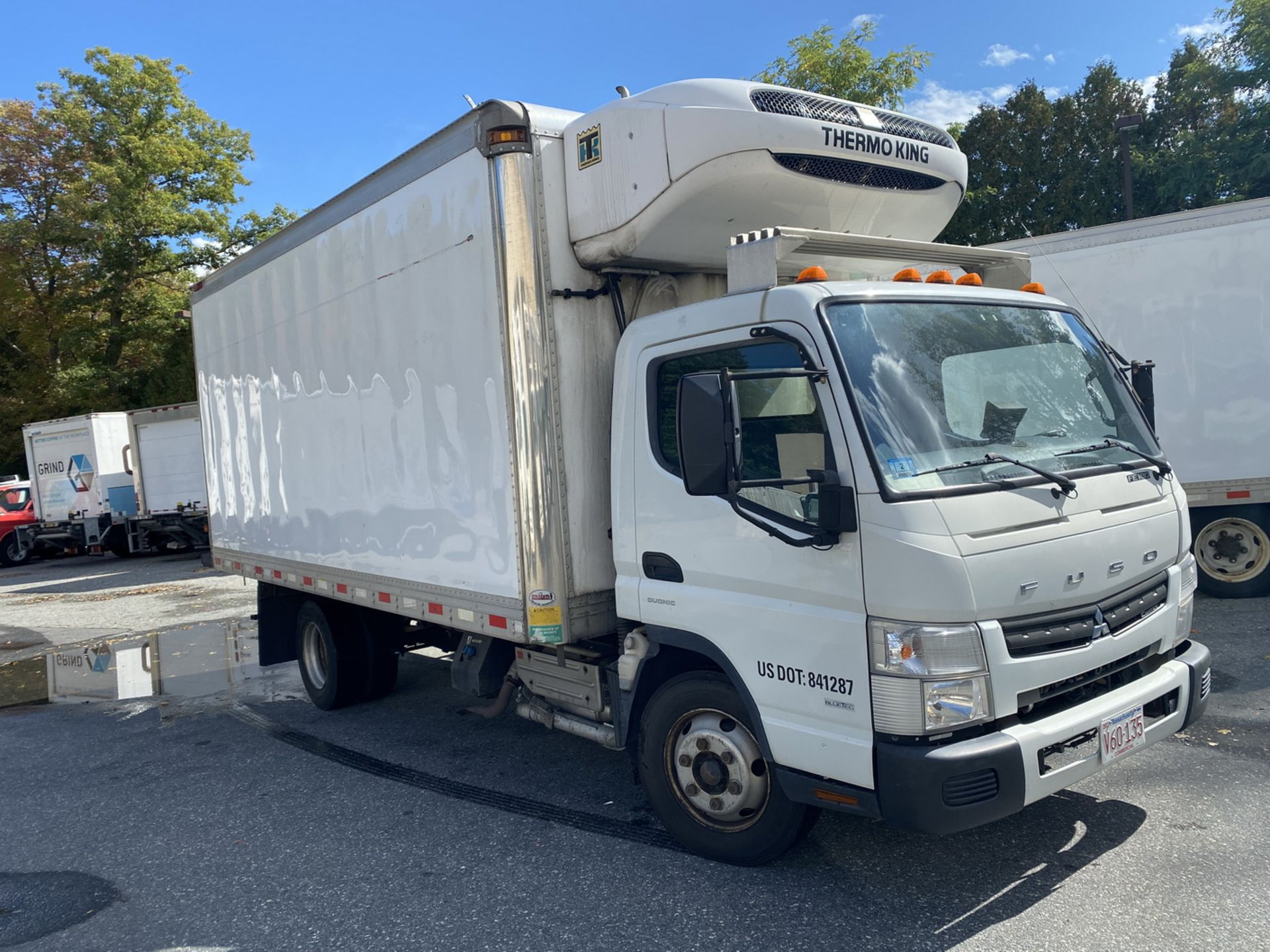 2014 Fuso refrigerated truck - Image 2 of 9