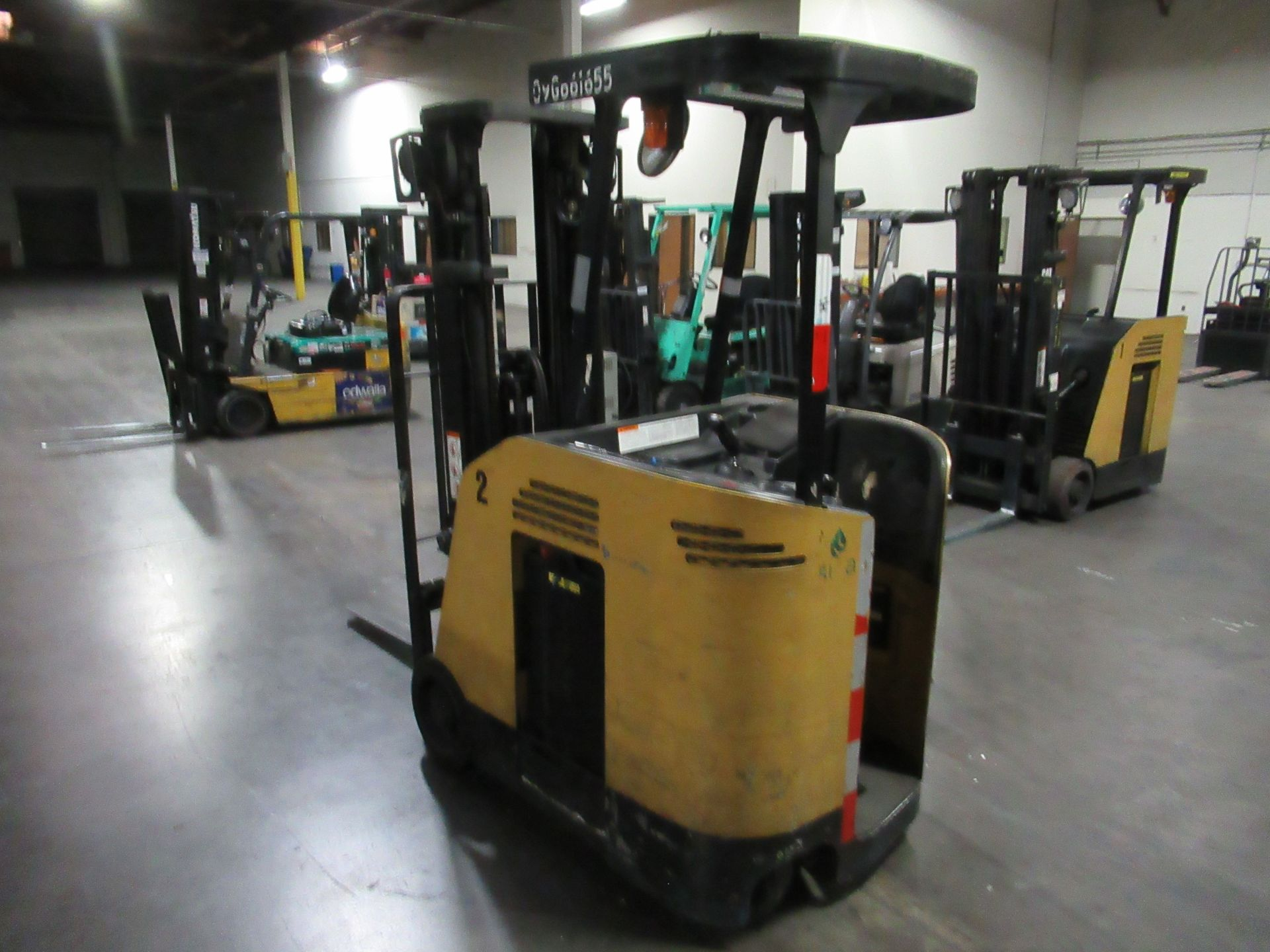 Caterpillar Stand-up Truck - Image 2 of 8