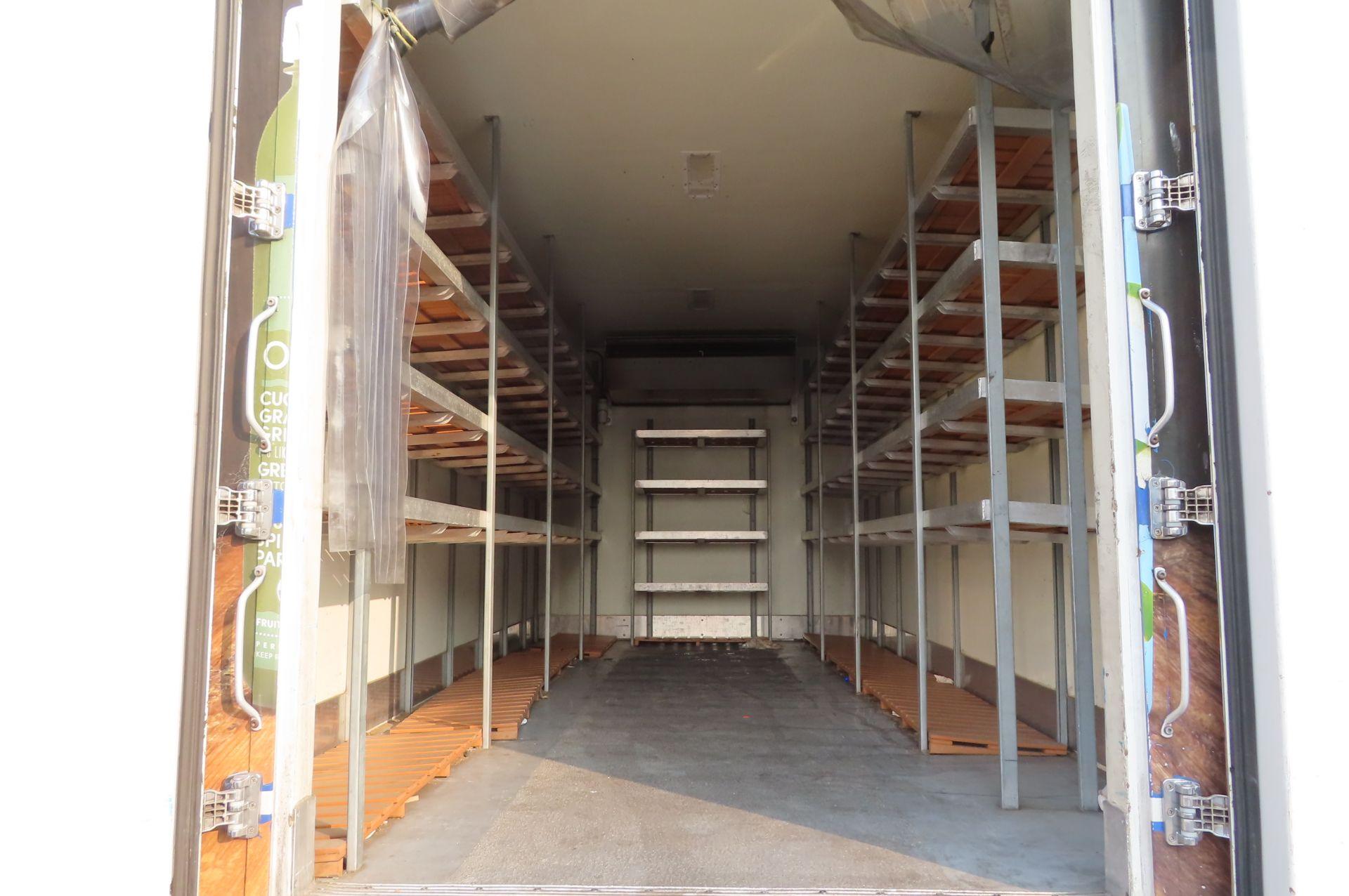 2013 Isuzu refrigerated truck - Image 6 of 10