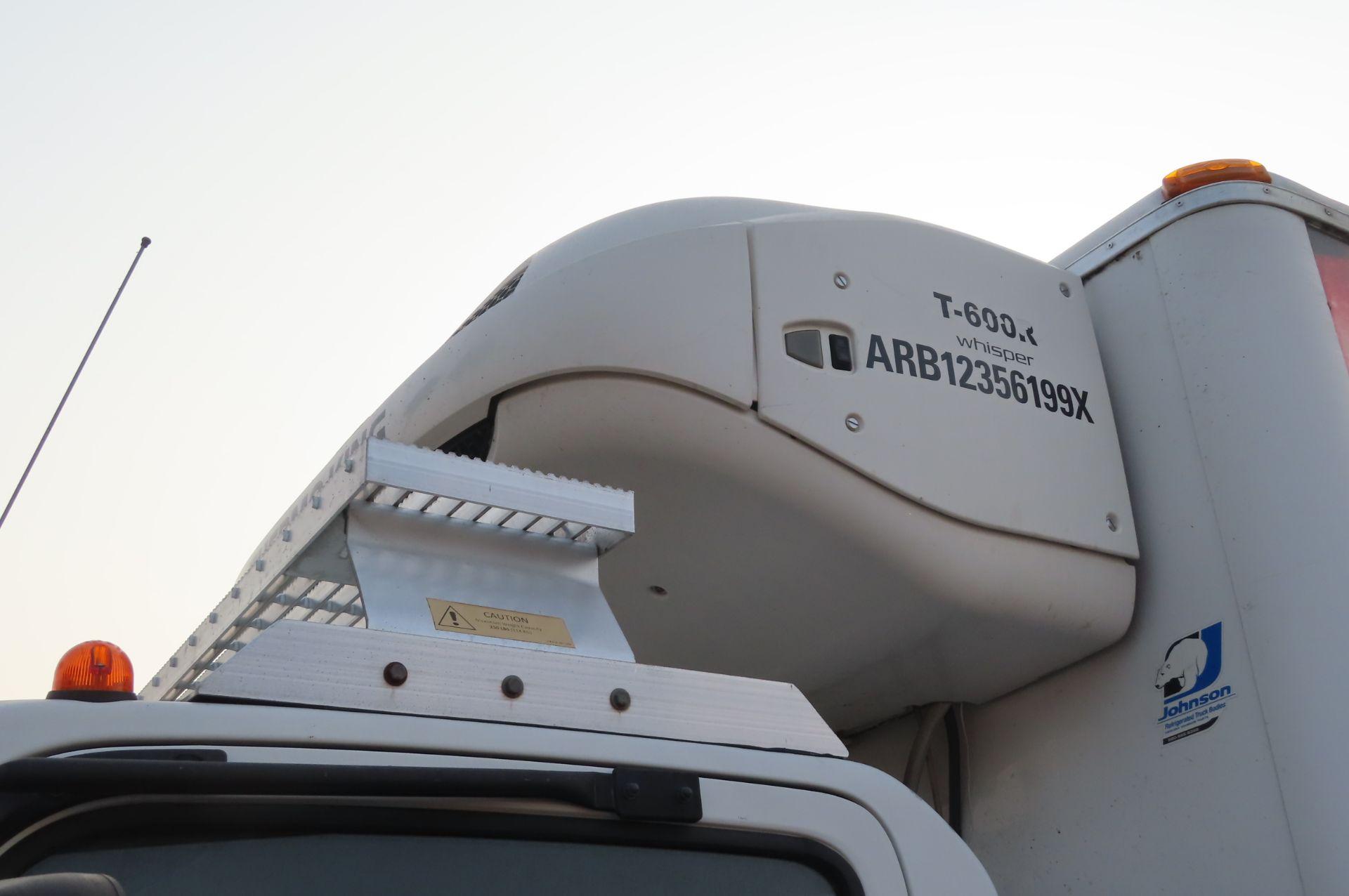 2013 Isuzu refrigerated truck - Image 9 of 10