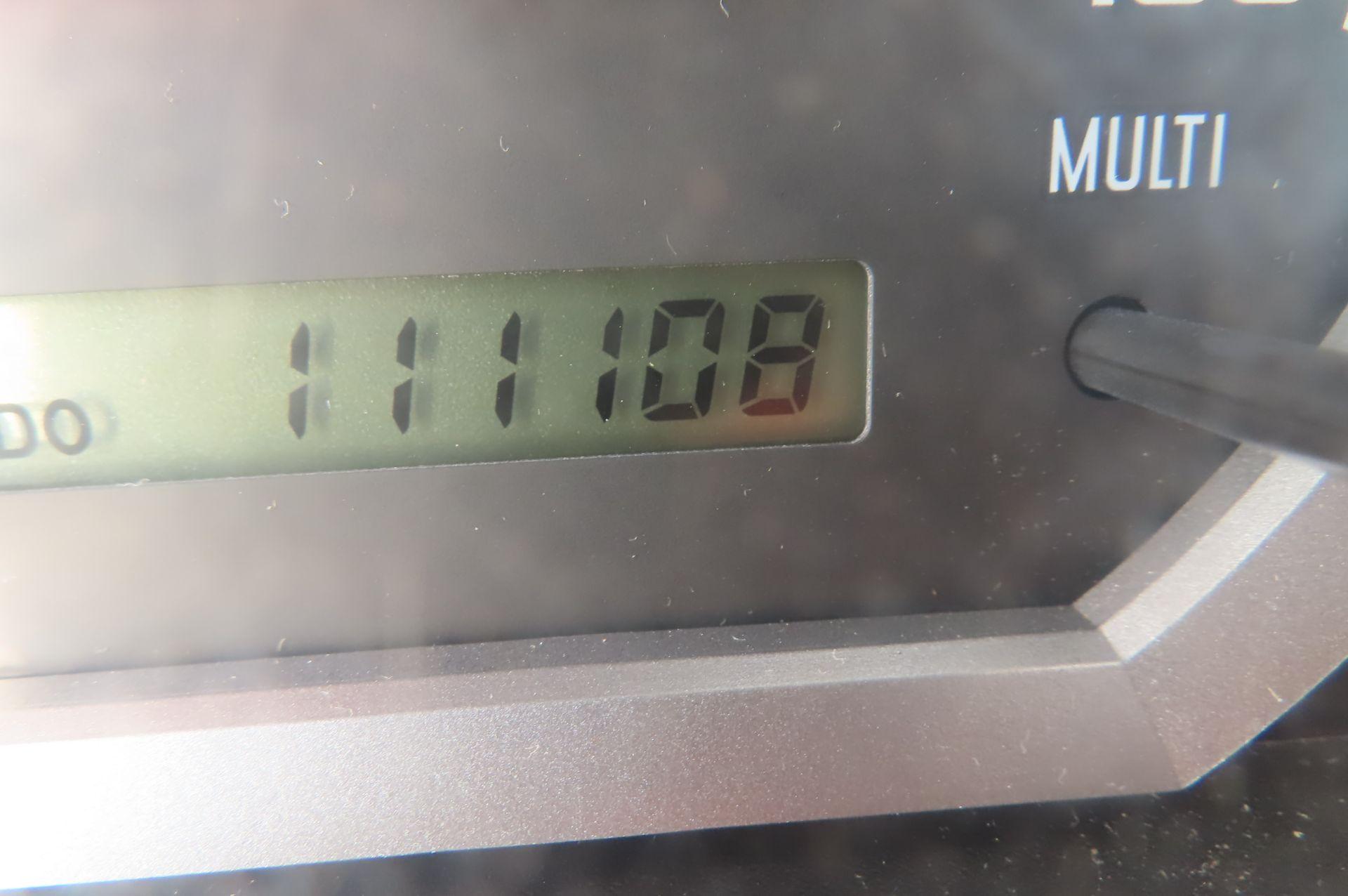 2013 Isuzu refrigerated truck - Image 9 of 9