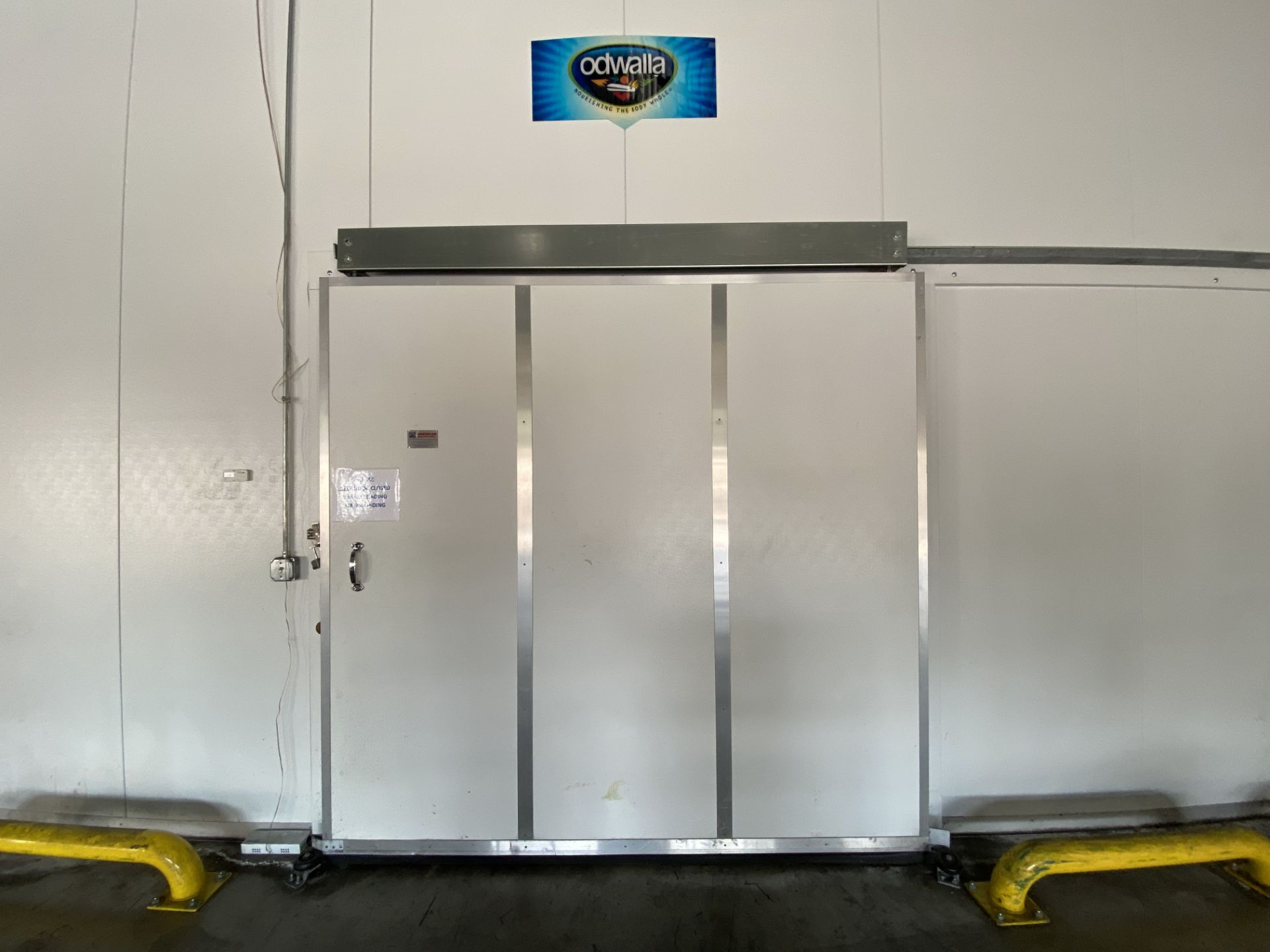 AIP (American Insulated Panel) drive in panel system free standing cooler, 50' X 25' X 18' clear - Image 8 of 8