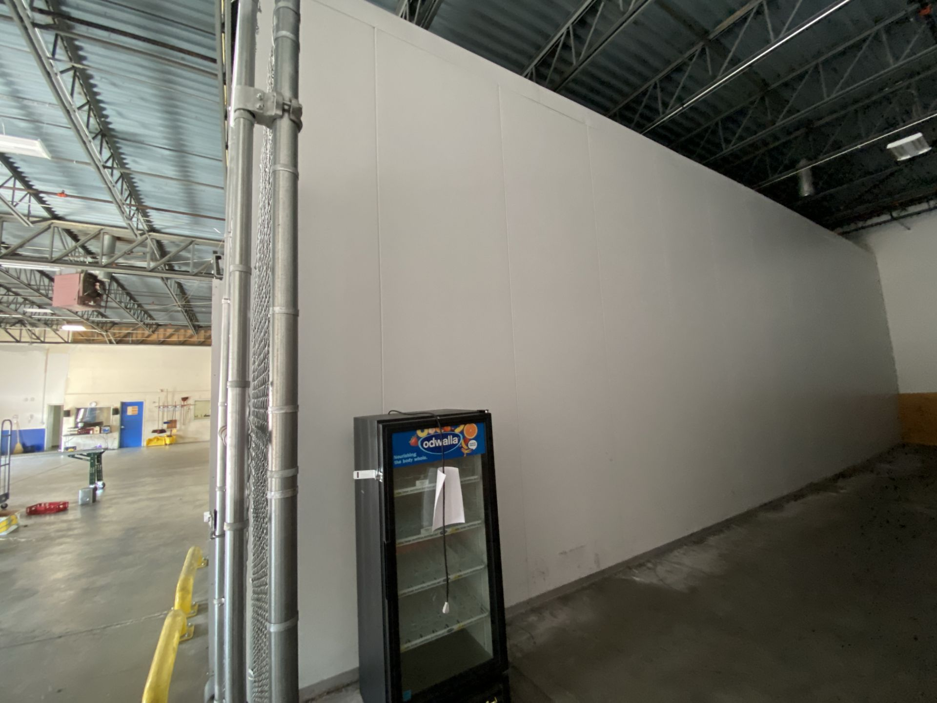 AIP (American Insulated Panel) drive in panel system free standing cooler, 50' X 25' X 18' clear - Image 3 of 8