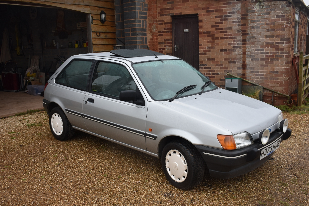 Lot 14 - A 1990 Ford Fiesta MkIII 1600S Registration number H373 HJB V5C, MOT to February 2021 Silver with