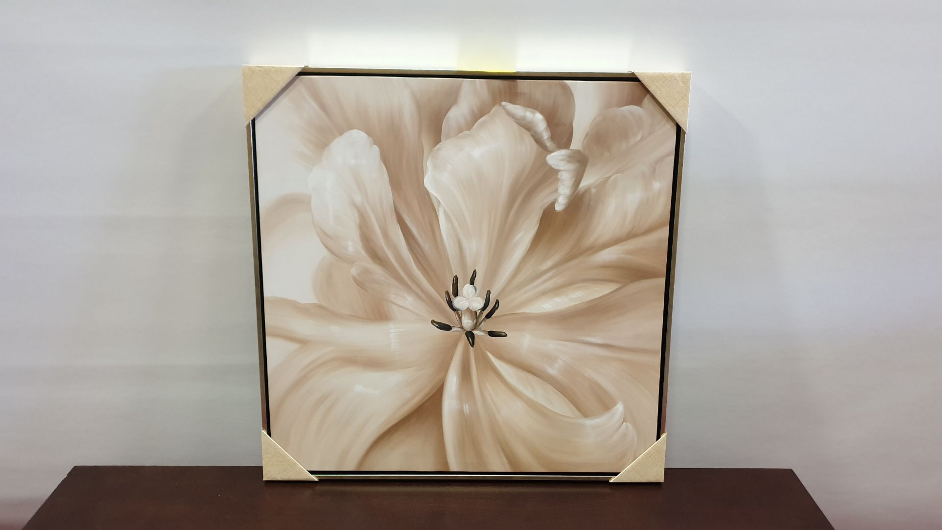 Lot 205 - FRAMED CANVAS FLORAL PICTURE SIZE 730 X 730 X 40 MM RRP £100