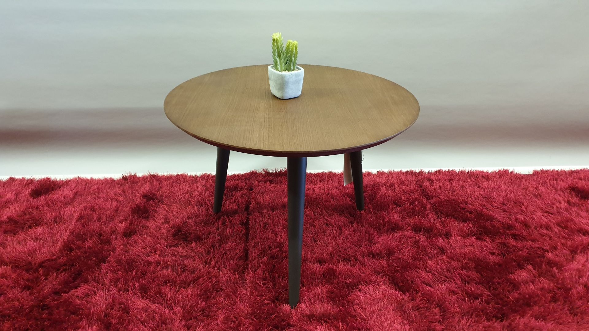 Lot 148 - BRAND NEW ROUND PLANT TABLE SIZE 595 X 450 RRP £99.00