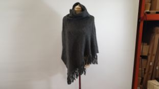 40 X PIECES GREY PONCHO ONE SIZE FITS ALL