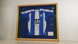 WIGAN ATHLETIC SIGNED SHIRT WITH 8 SIGNATURES - NO CERTIFICATE (ALTHOUGH WAS OBTAINED FROM AN EX