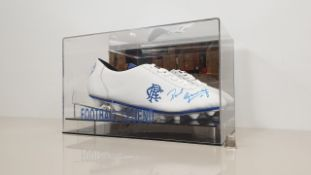 PAUL GASCOIGNE PERSONALLY SIGNED RANGERS BOOT IN DISPLAY CASE - GOOD CONDITION WITH CERTIFICATE OF