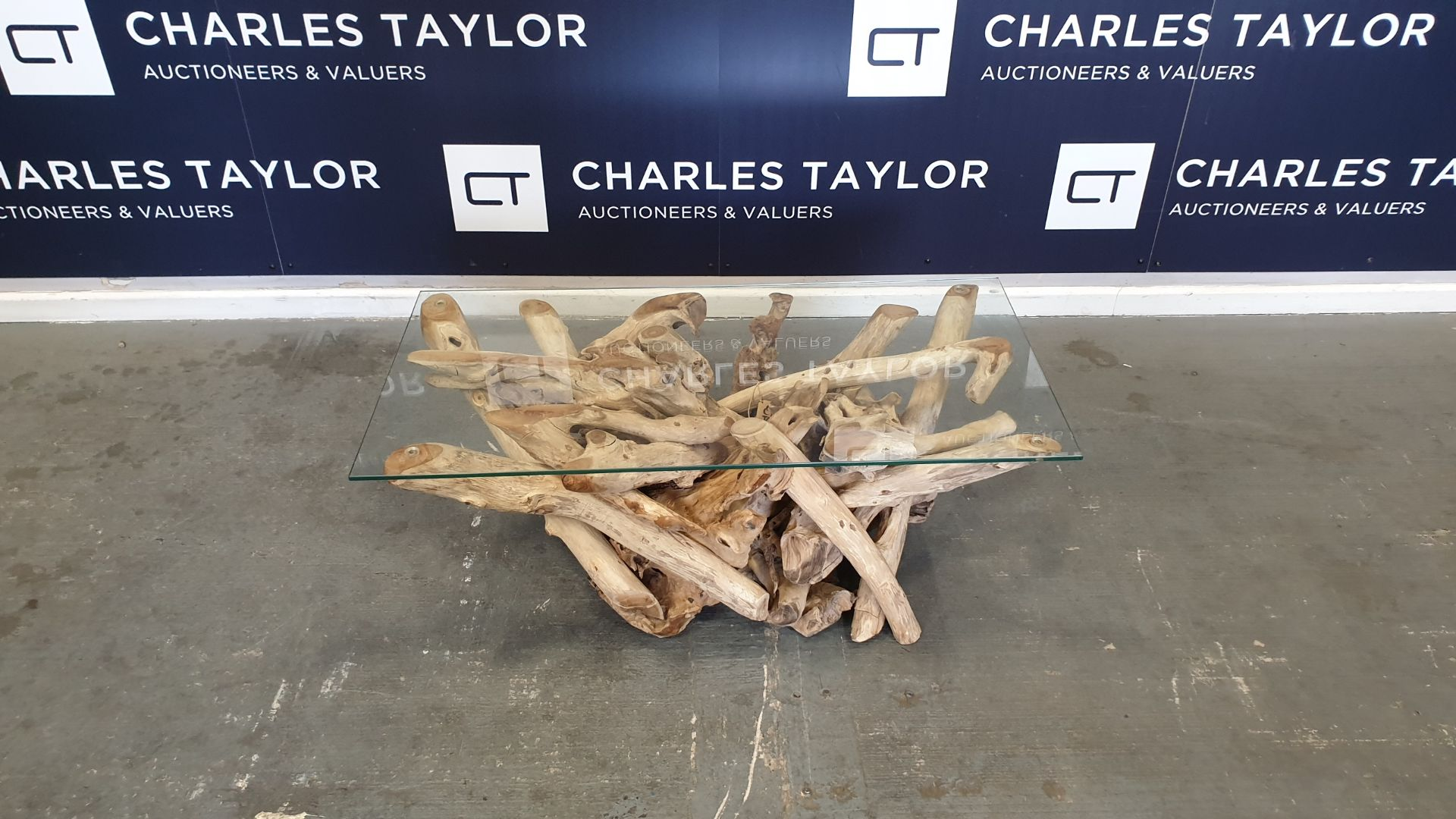 Lot 11 - BRAND NEW SOLID TEAK ROOT WOODEN RECTA COFFEE TABLE WITH 8mm GLASS 150 X 50 X 40cm RRP £480