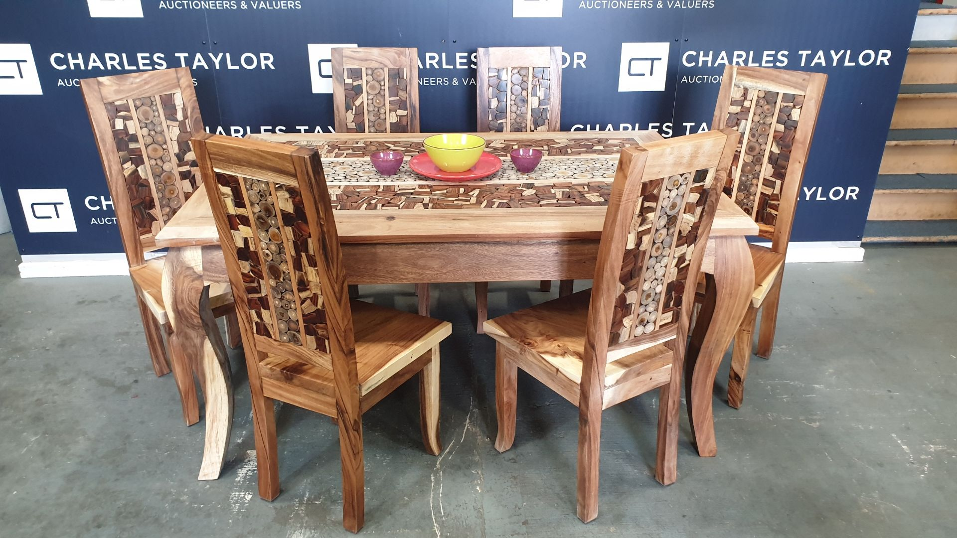 Lot 4 - BRAND NEW SOLID SUAR WOODEN 7 PIECE LENONG COIN TABLE SET 160 X 90 X 76 RRP £1425