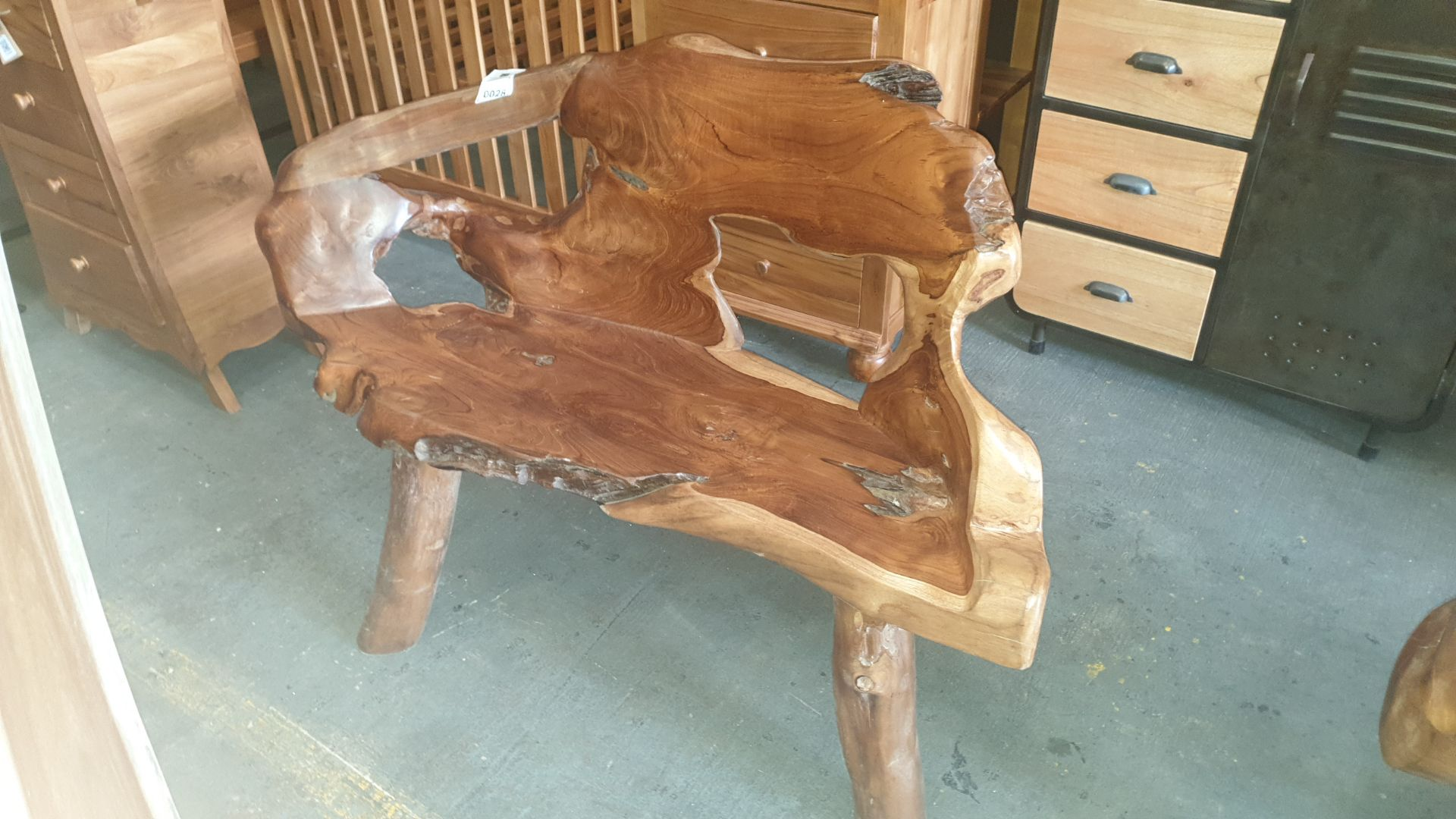 Lot 28 - BRAND NEW SOLID TEAK ROOT WOODEN 2 SEATER BENCH 50 X 90 X 120cm RRP £400