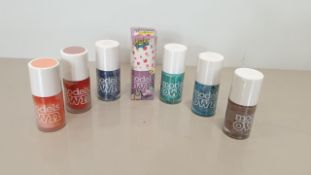 241X BRAND NEW MODELS OWN NAIL POLISH IN BLUE, RED AND YELLOW ORANGE, BLUE AND MINT IN 3 BAGS