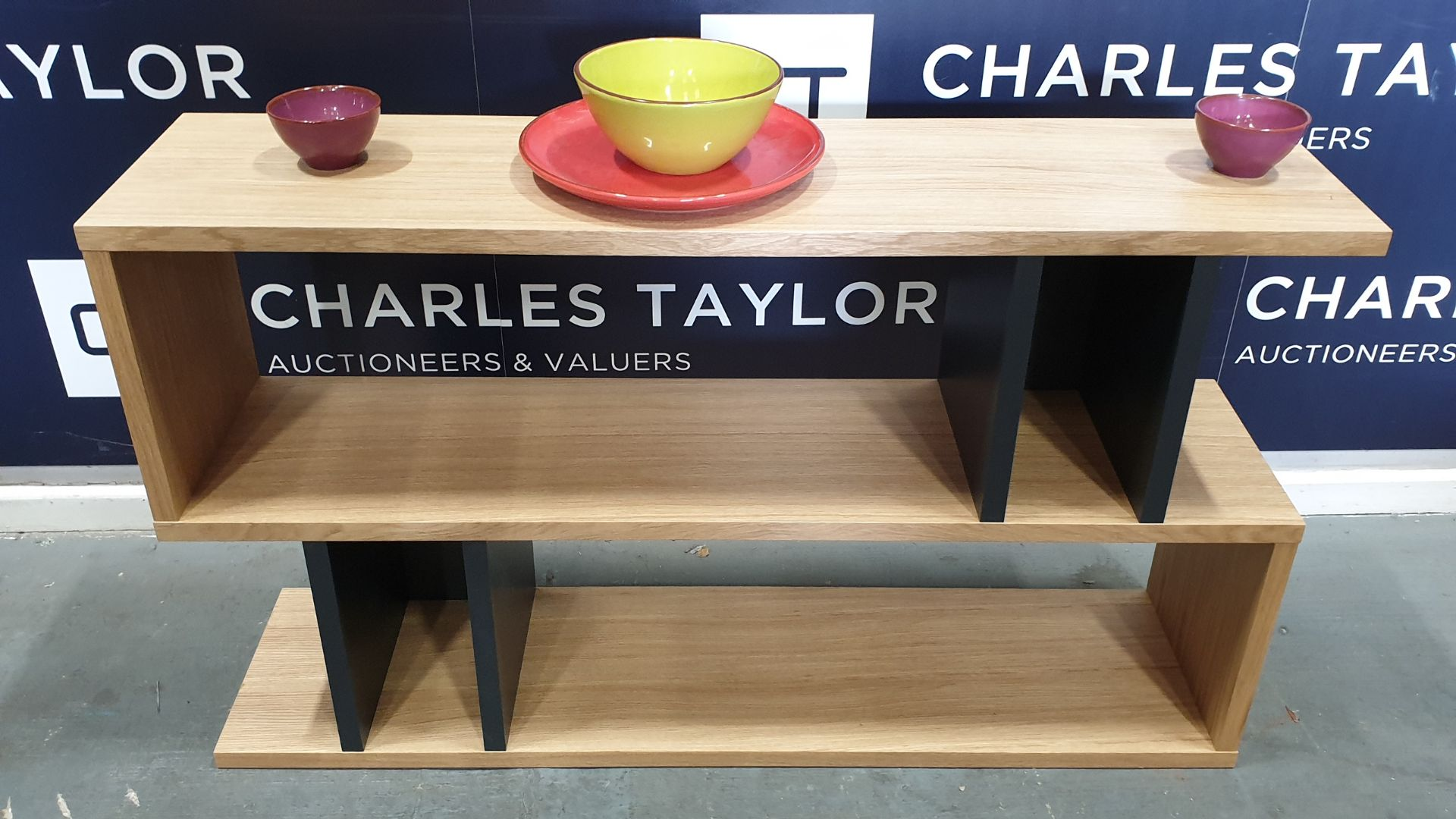 Lot 1117 - BRAND NEW CONTENT BY TERENCE CONRAN WOODEN COUNTER BALANCE, LOW SHELVING UNIT IN OAK/CHARCOAL - 30 X