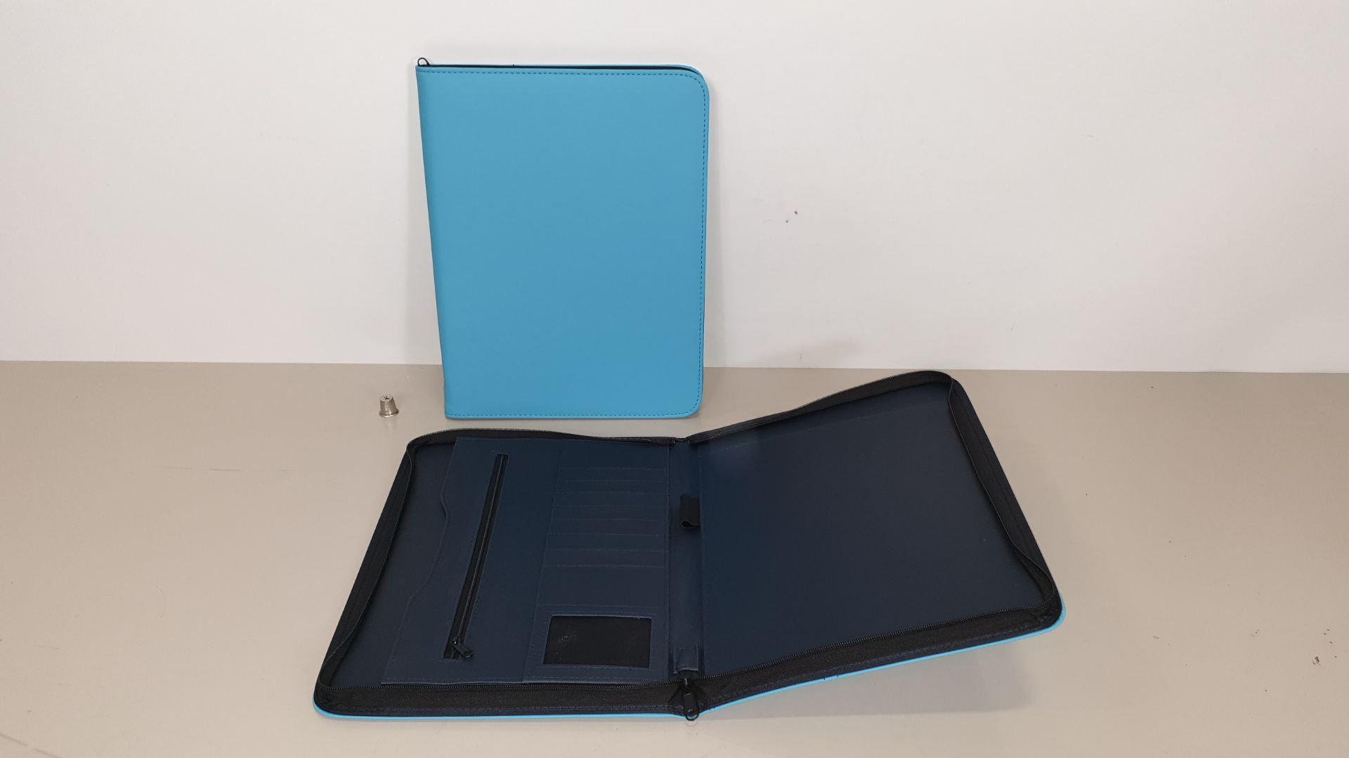 Lot 66 - 120 X AQUA BLUE A4 STATIONERY CARRY CASES - ZIP UP - IN 6 CARTONS