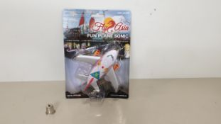 96 X FLY ASIA FUN PLANE SONIC (PPFP246BL) RRP £19 - IN 2 CARTONS