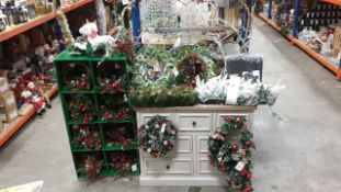 50 + PIECE BRAND NEW PREMIER ASSORTED CHRISTMAS LOT CONTAINING CHRISTMAS STAND WITH 40 + VARIOUS