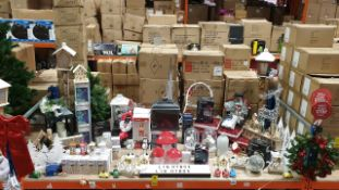 90+ PIECE BRAND NEW ASSORTED PREMIER CHRISTMAS LOT CONTAINING 100LED MICRO BRIGHTS, LED SOLAR,