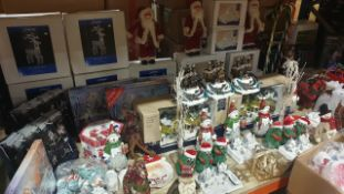 APPROX 80 PIECE MIXED PREMIER CHRISTMAS LOT CONTAINING, 50CM LIT VICTORIAN VILLAGE STREET, LIT WHITE