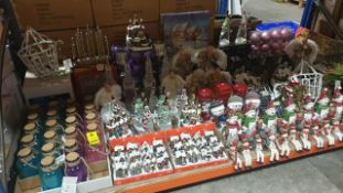APPROX 180 PIECE MIXED PREMIER CHRISTMAS LOT CONTAINING, LIT GLASS JARS, SANTA / SNOWMAN GLITTER