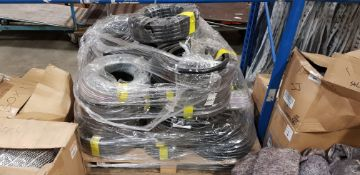 APPROX 20 X 16MM HYDRAULIC/PNEUMATIC 20M LENGTH'S OF BLACK HOSE - CONTAINED ON FULL PALLET
