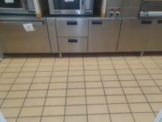 International hot cupboard with 6 doors - spares