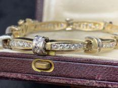14 carat gold diamond bracelet set with approximately five carats of diamonds 25.8 g approximately